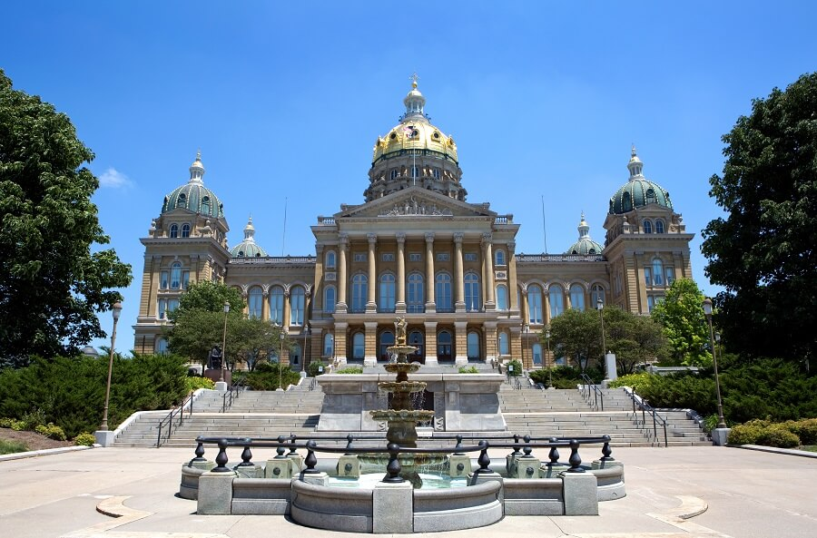 Iowa's New Preemptive Sick Leave & Minimum Wage Law Rolls Back Local Law