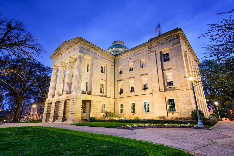 North Carolina Preempts Local Minimum Wage & Sick Leave Laws in 2016, but introduces Statewide bill in 2017