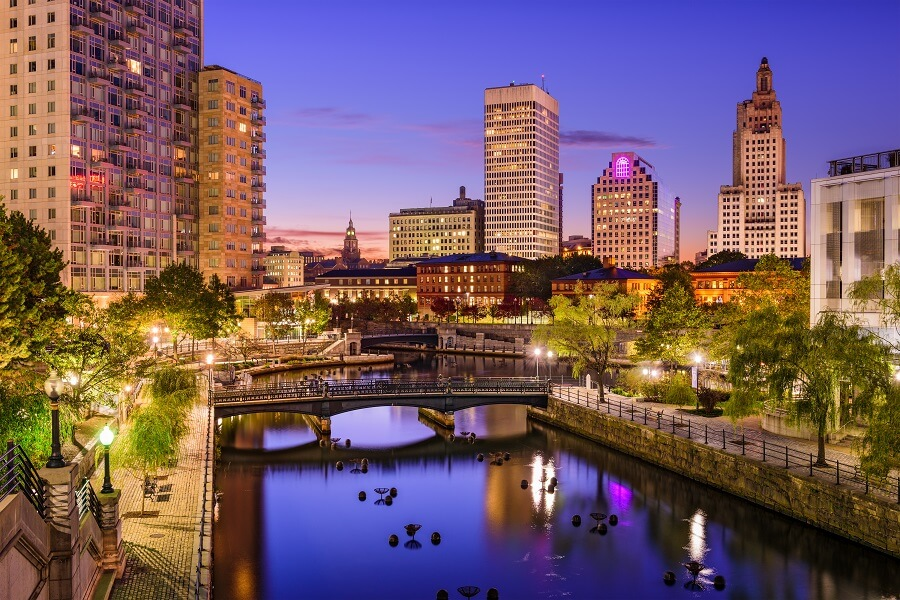 Guide to Rhode Island Minimum Wage, Sick Leave, and FMLA Laws.